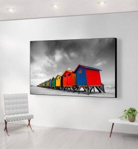 Grand Tableau Cabanes colorées en Afrique du sud noir et blanc