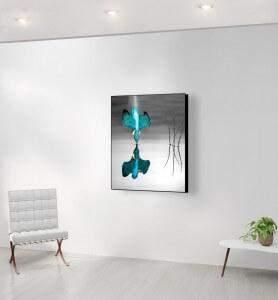 Moyen Tableau Plongeon du Martin pêcheur noir et blanc